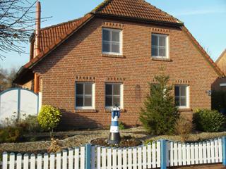 01-Haus_Vorderseite.jpg
